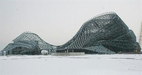 中冶宝冶承建哈尔滨大剧院钢结构工程竣工验收