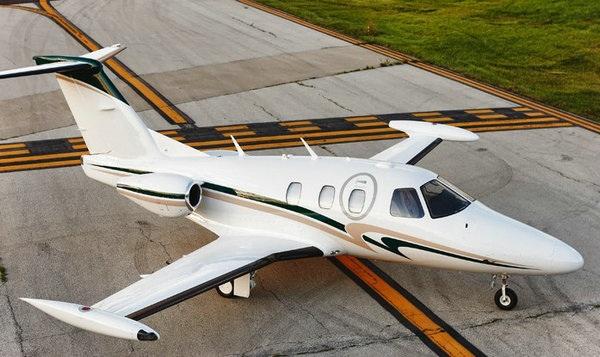 550(日食550)双引擎喷气机将于