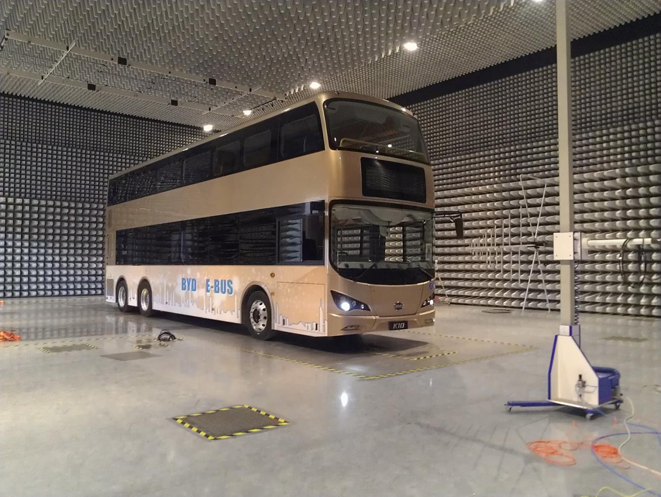"""下来还会推广出租车.""""项目简介显示,广汽比亚迪新能源客车高清图片"""