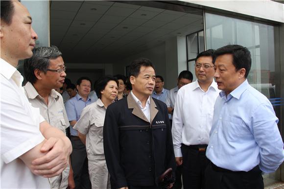李强批评连云港港口发展滞后,港口领导无所作为