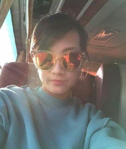 安慰真实照片_股海天尊:本女子发送真实的照片,只是想要安慰普通股民受伤 ...