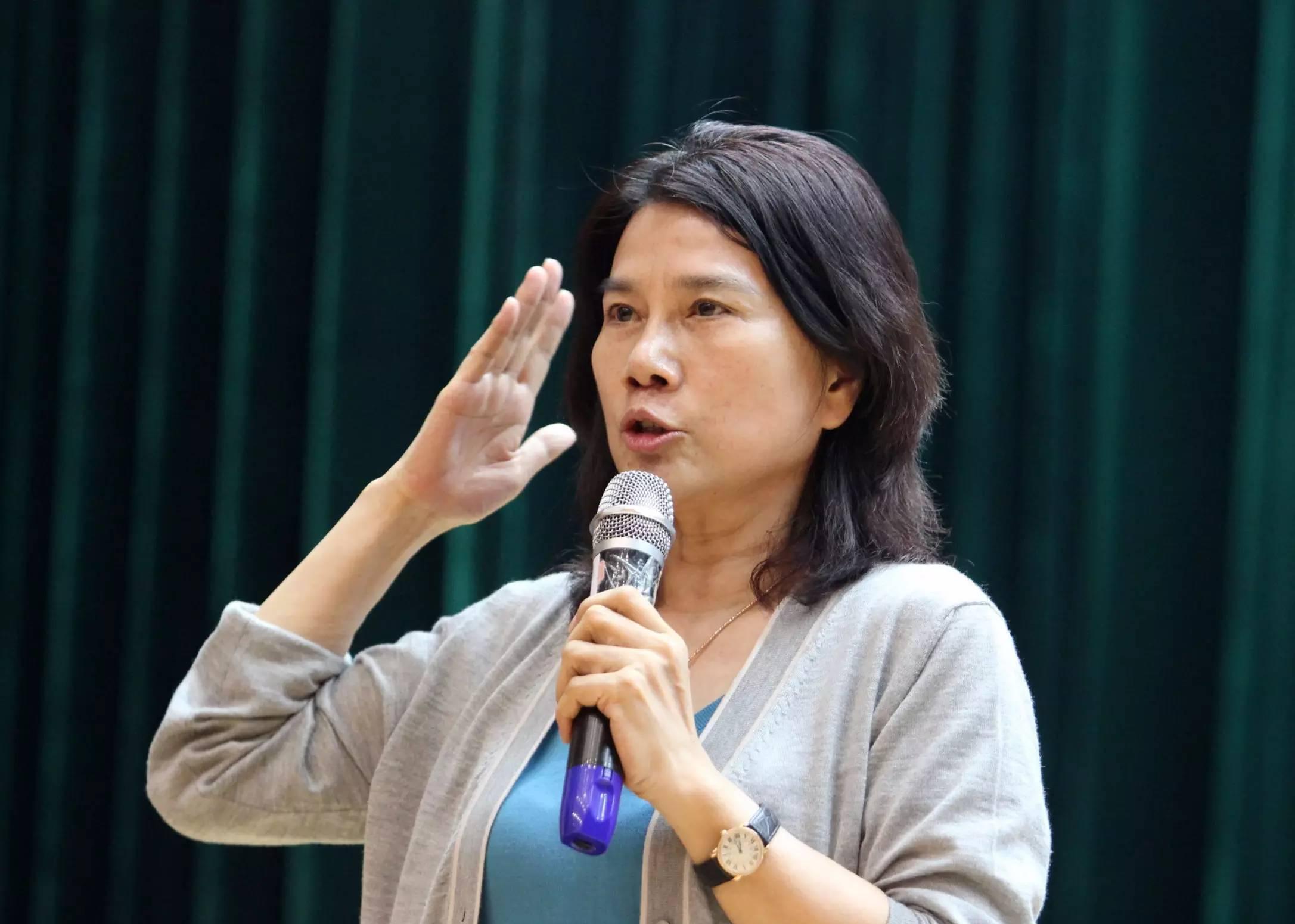 王健林认为一旦珠海银隆的电动车,储能技术两个核心技术能够实现商业