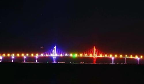 珠港澳大桥通车