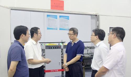 中国航天科工集团副总经理宋欣一行到锐科激调研指导工作图片