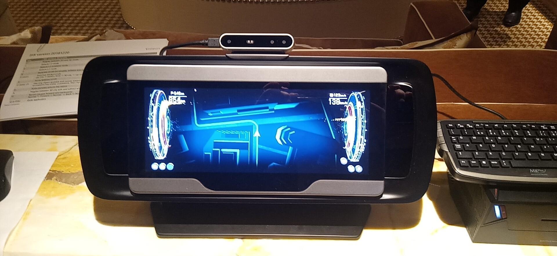 VISTEON伟视通的12.3寸 车载中控显示,可切换.jpg
