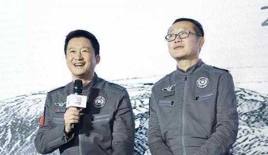 他是中国科幻第一作家。